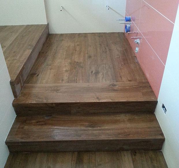 Gradini effetto legno for Gradini in legno prezzi